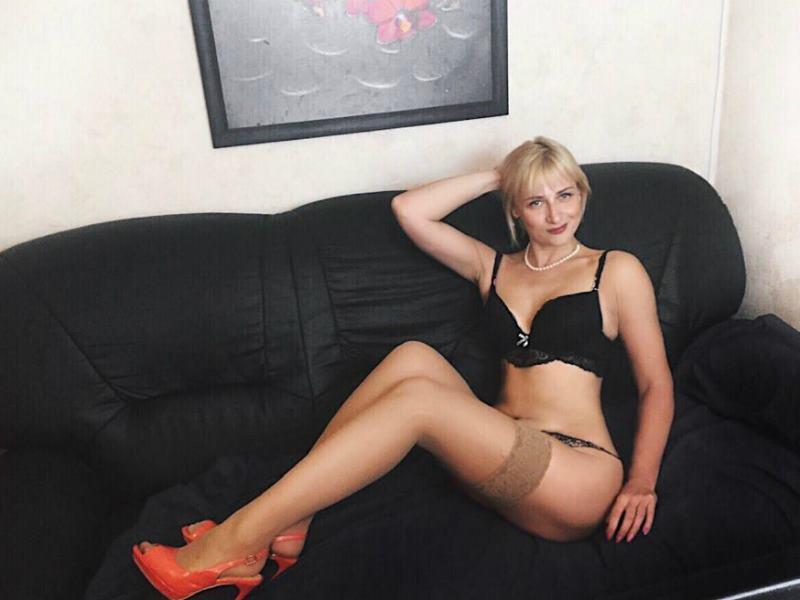MurenaLady Free Webcam Live Sex Chat Room | Lesbians